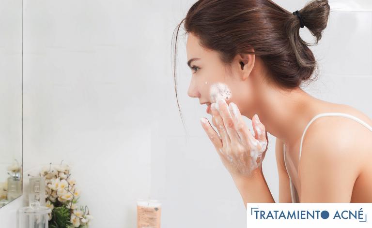 ¿Cómo afecta el lavado de la piel en el Acné?